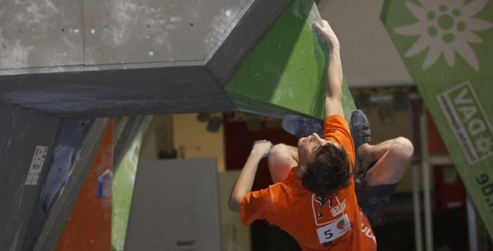Juliane Wurm und Thomas Tauporn siegen beim Deutschen Bouldercup 2012 in München