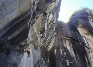 La Réunion Expedition: Internationales Kletterteam eröffnet neue Mehrseillängenroute