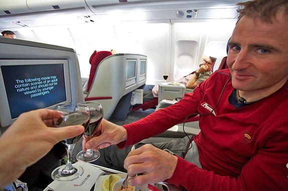 Ueli Stecks No2 Limits Expedition: Ein erster Bericht