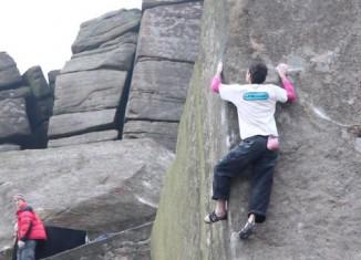 [VIDEO] Klettern im Gritstone von Derbyshire