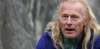 "[VIDEO] Beat Kammerlander in ""Drei Siebe"" (8b)"