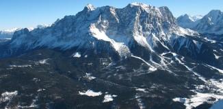 Sternentour auf die Zugspitze: Formationsbergsteigen über vier Routen