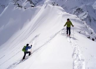 Lawinengefahr - Risiko richtig einschätzen mit einem Kurs und den 10 Empfehlungen des Alpenvereins (c) ÖAV/M. Larcher