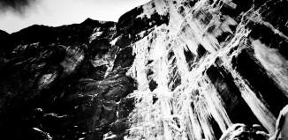 Tanja Schmitt on Nemesis Stanley Headwall/BC Canada (c) Matthias Scherer