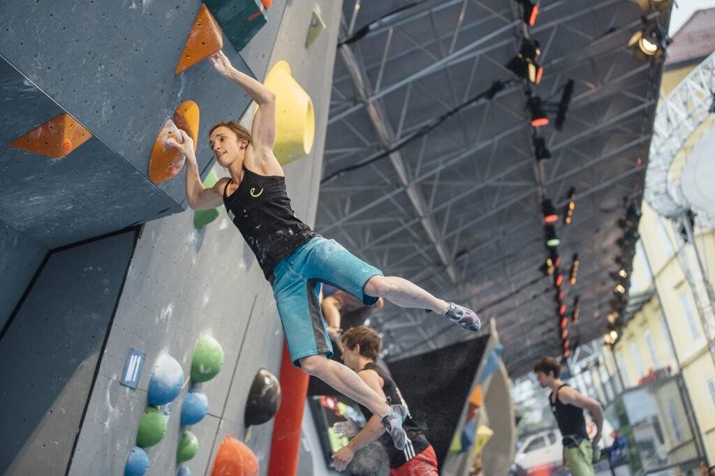 Jule Wurm bei der Boulder-EM 2015 in Innsbruck (c) ÖWK/Elias Holzknecht