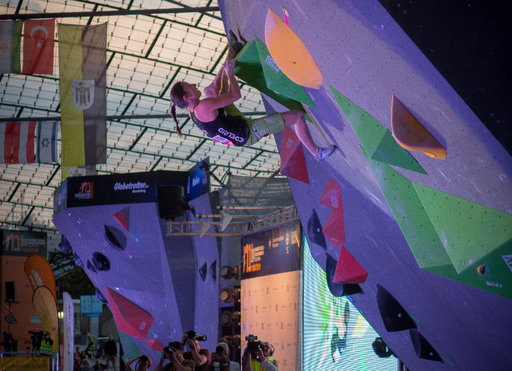 Juliane Wurm bei der Boulder Weltmeisterschaft 2014 in München (c) DAV/ Vertical-Axis