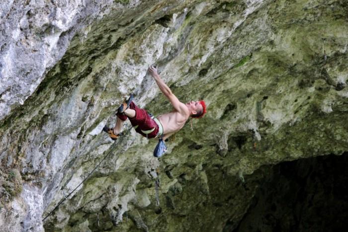 Sebastian Halenke gelingt eine 8c/c+ Route On-sight (c) Maxi Klaus