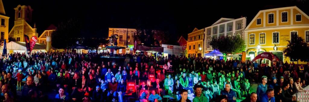 Großer Zuschauerandrang (c) Moritz Liebhaber