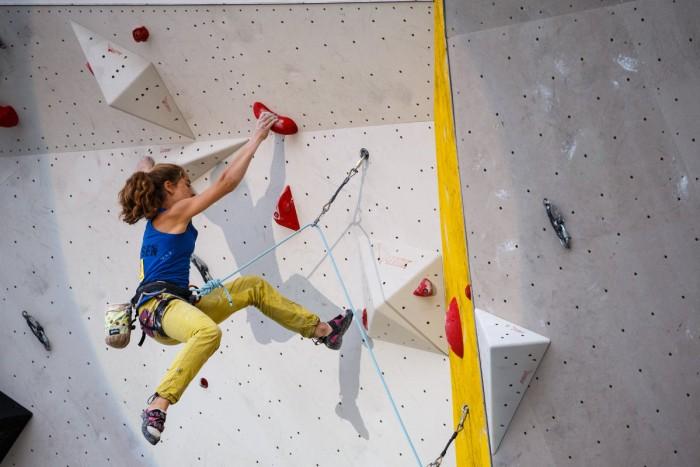 Johanna Holfeld beim Deutschen Leadcup 2015 in Freimann. Copyright: DAV/Marco Kost