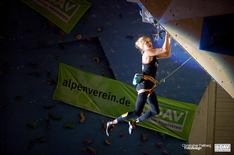 Kletterausrüstung Aachen : Deutscher leadcup 2015: siege für lena herrmann und jan hojer in