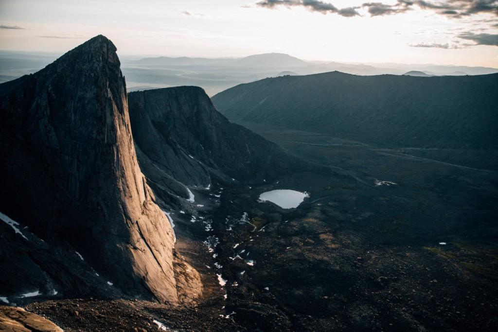 The North Face Kletterer erschließen acht neue Routen in Sibirien (c) Elias Holzknecht