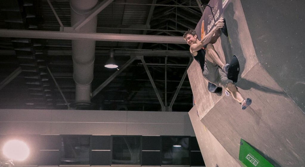 Der Deutsche Meister Jan Hojer beim 1. Deutschen Bouldercup (c) DAV / Vertical-Axis