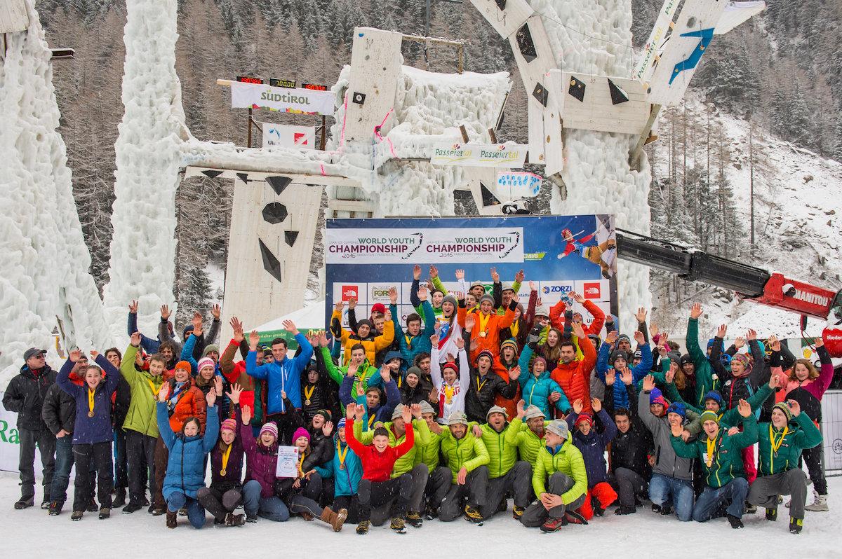 Gruppenfoto Jugend- und Juniorenweltmeisterschaften 2016 (c) Patrick Schwienbacher