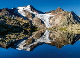 Stubai. Die Berge und das Tal (c) Tyrolia-Verlag