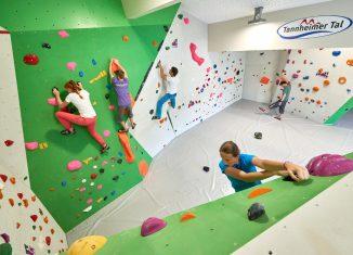 Neuer Kletter- und Bouldertreff im Tannheimer Tal (c) Achim Meurer