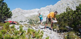 Frühjahrsputz auf Wanderwegen (c) Alpenverein/N.Freudenthaler