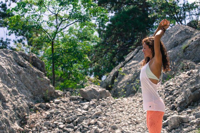 Yoga & Klettern: Zentriert & geerdet in luftigen Höhen (c) Eleonora Raggi