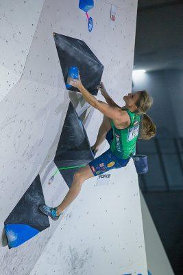 Anna Stöhr beim Boulderweltcup 2017 in Tokio (c) KVÖ / Heiko Wilhelm