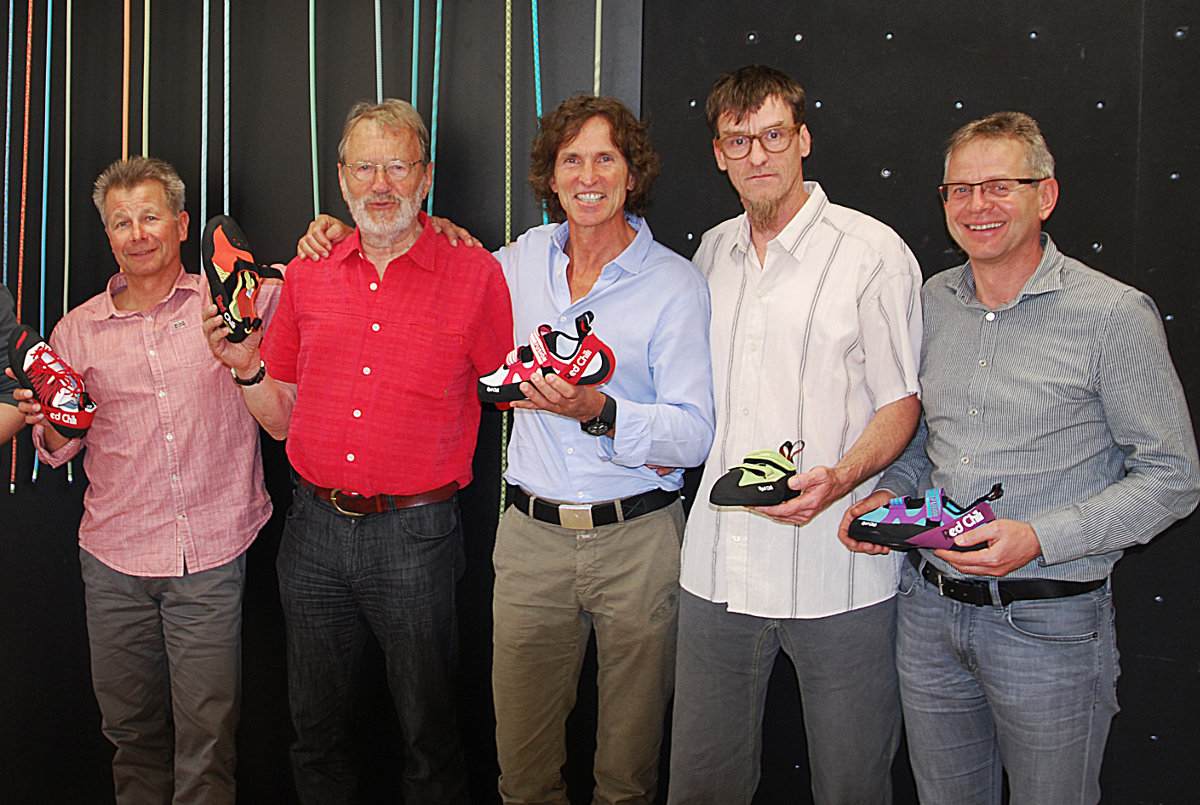 Bild von links: Uwe Hofstädter (Gründer RED CHILI), Albrecht von Dewitz (CEO EDELRID), Stefan Glowacz (Gründer RED CHILI), Carsten von Birckhahn (Brand Manager EDELRID), Markus Wanner (CFO EDELRID) (c) EDELRID