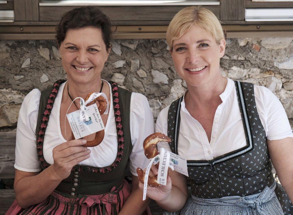 Zu den Ehrengästen zählten Bayerns Wirtschaftsministerin Ilse Aigner und Bayerns Umweltministerin Ulrike Scharf. (c) DAV/Hans Herbig