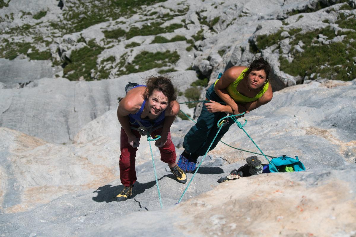 Frauen Ausnahme-Seilschaft und bei 'Ladies Only' dabei: Barbara Zangerl (links) und Nina Caprez (c) alpsolut.com