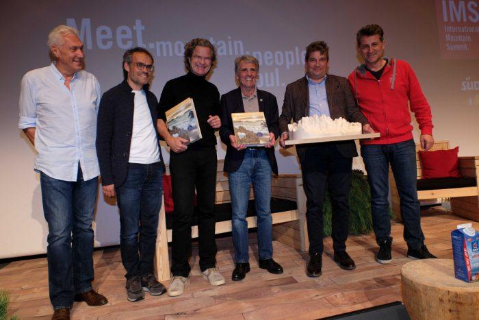 Hans-Peter Stauber (ServusTV), Markus Gaiser (IMS), Florian Langenscheidt, Peter Habeler, Egon Bernardi (3DWood) und Alex Ploner (IMS) (c) IMS