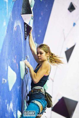 Sofie Paulus bei der Deutschen Meisterschaft 2017 im Lead (c) DAV/Vertical Axis