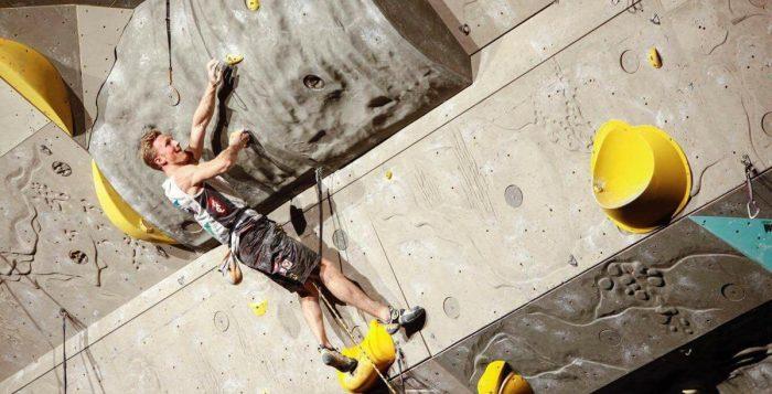 Leadweltcup 2017 in Kranj: Jakob Schubert feiert 18. Weltcupsieg (c) Shinta Ozawa