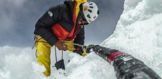 Hansjörg Auer: Solo-Erstbegehung am Lupghar Sar West (7.181m)