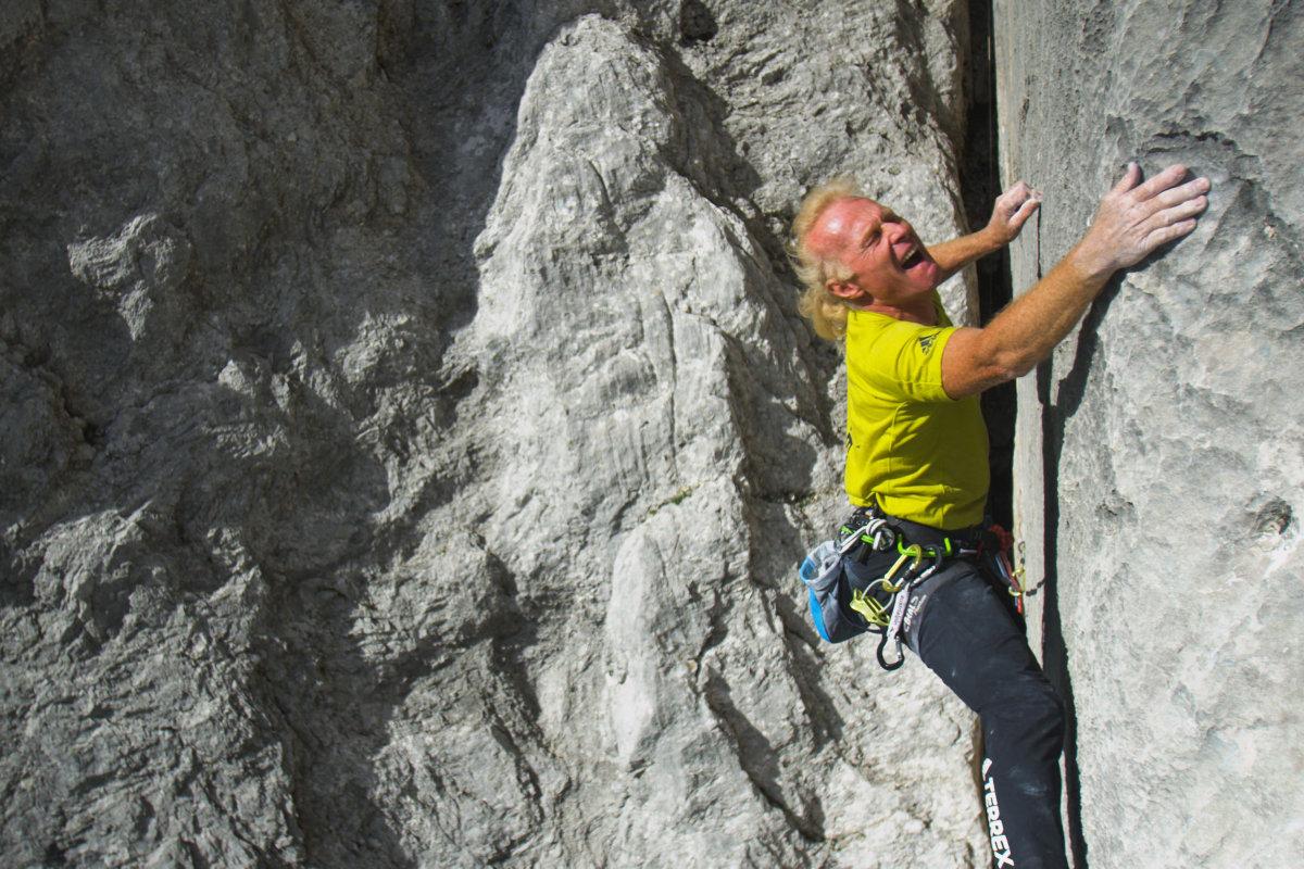 Beat Kammerlander in der Route 'Kampfzone' (c) Alpsolut.com